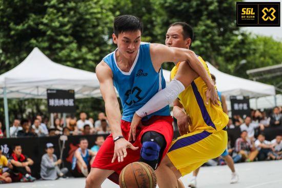 激烈的篮球厮杀