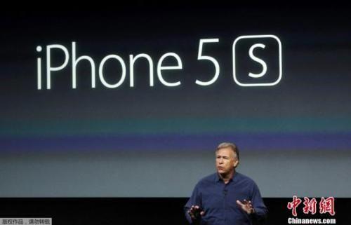 资料图:2013年9月份,苹果公司正式发布两款新iPhone,分别是是iPhone 5C和iPhone 5S。图为iPhone 5S。