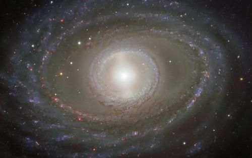 """ESO公布了来自遥远星系的""""珍珠""""美图。(来源:ESO)"""