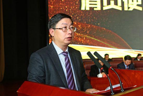 蔡开云作2017年度工作报告 袁林、王佩佩、黄梦诗/摄