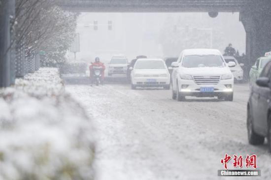 资料图:暴雪灾害 张娅子 摄