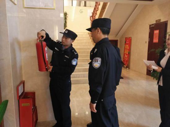 """北京快乐8为什么会输:竹溪警方""""五大""""行动强势发力_赢得市民赞许"""