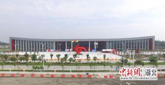 澳门送彩金的网站:第二届潜江国际龙虾・虾稻产业博览会18日开幕