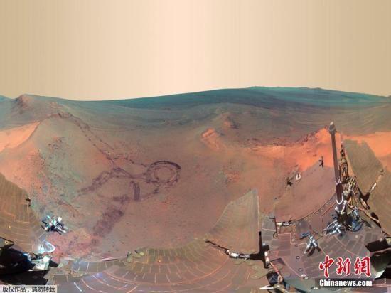 """资料图:由""""机遇号""""拍摄的火星表面图像。"""