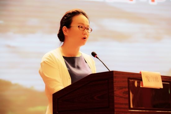 宜都市委常委、宣传部长陈珊珊发言 钟欣 摄