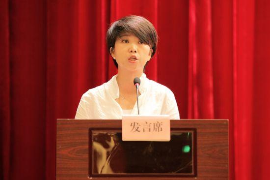 夷陵区太平溪镇党委书记张妮娜发言 钟欣 摄