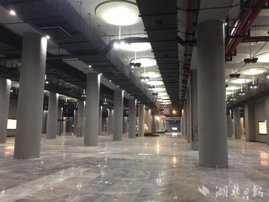 风格迥异!武汉地铁11号线建成首个免装修车站
