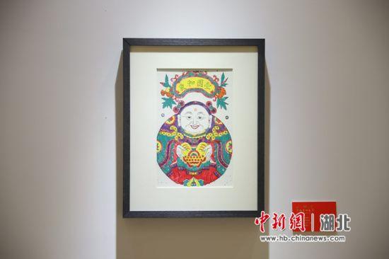 老河口木版年画亮相武汉 非遗中寻味春节记忆