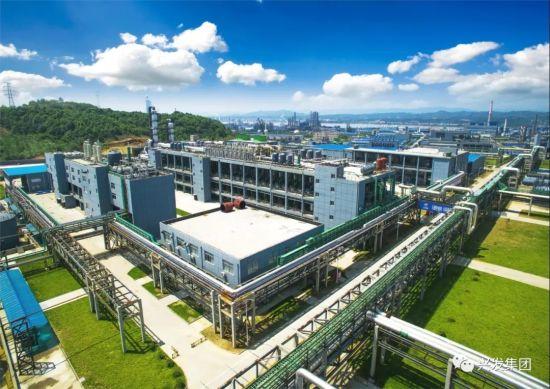 转型升级中新建的现代化草甘膦生产基地