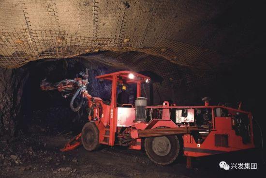 矿山机械化作业
