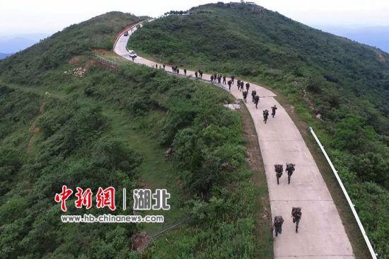 30公里武装越野