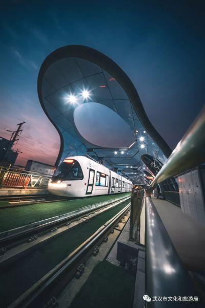 光谷BRT