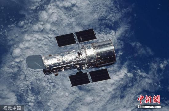"K2-18b行星于2015年被发现,是美国宇航局观测到的""超级地球""行星之一。它距离地球约110光年,位于狮子座,质量是地球的8倍,体积为地球的两倍。图片来源:视觉中国"