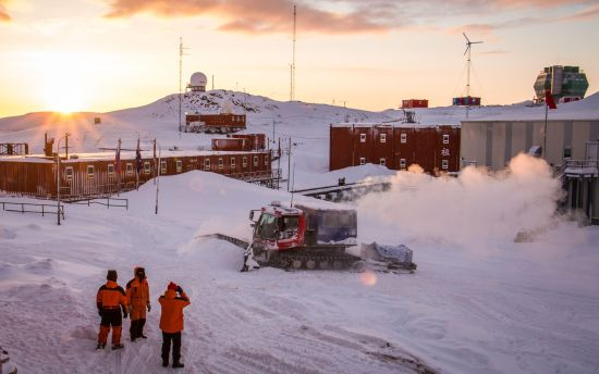 中山站一个普通的早晨,考察队员们一天的工作即将开始。中国极地研究中心 李航 摄