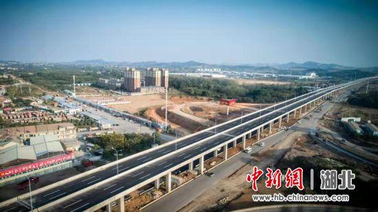 107国道江夏段改扩建主线通车 武汉南大门通行提速