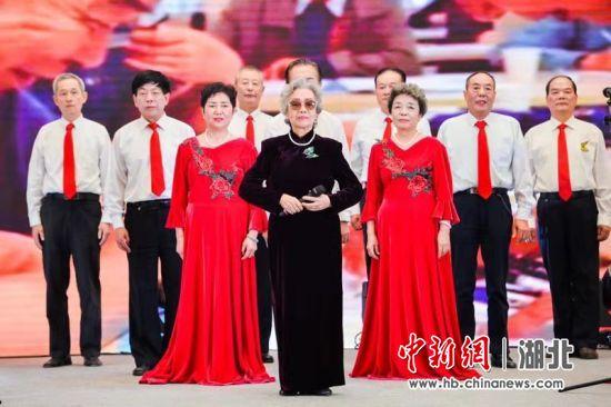 泰康之家楚园举行老年文化交流艺术节主题活动