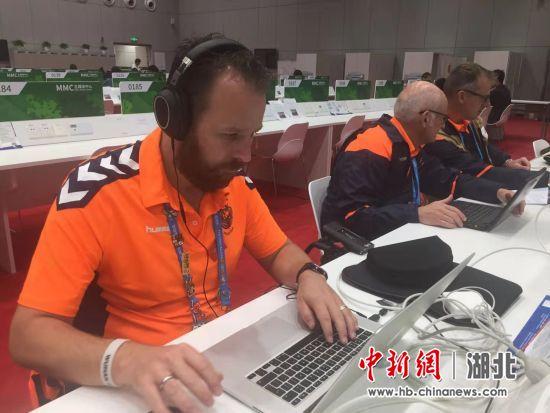 中新网湖北 湖北新闻网 外媒记者