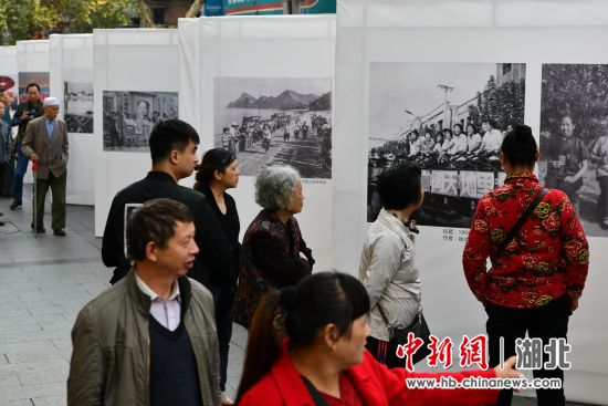 中新网湖北 湖北新闻网 宜昌市第七届摄影艺术展举行