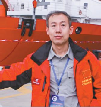 2009年10月,王泽民随第26次南极考察队出发