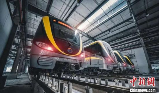 装载永磁牵引系统的长沙地铁5号线列车。中车株洲电力机车研究所有限公司供图