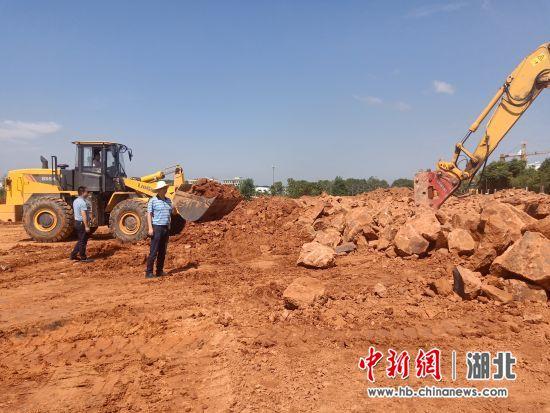 湖北咸宁高新区助推重点项目建设