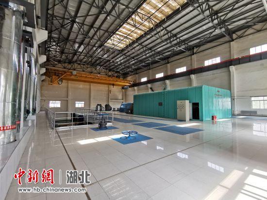 图为迁安九江线材1x100MW超高温亚临界煤气发电工程内景