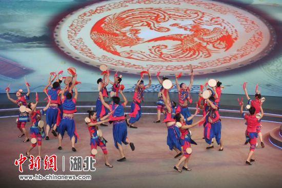 第十届诸葛亮文化旅游节开幕 20名援襄医疗队员出席