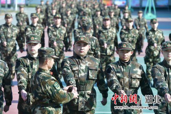 武警部队在鄂定向培养士官在湖北黄冈开训