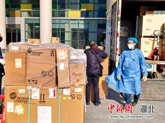 国药集团湖北省医疗器械有限公司向十堰市人民医院配送医疗物资