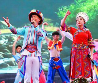 五峰举办土家女儿会弘扬传统民俗文化