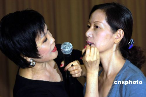 靳羽西谈中国女性美 哪里最好看 哪里最不好看