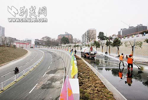 今日长江有色铝价_武汉杨泗港长江大桥今日开工计划2019年通车