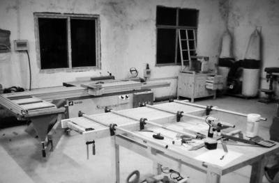 """他建立了一个""""木工爱好者"""