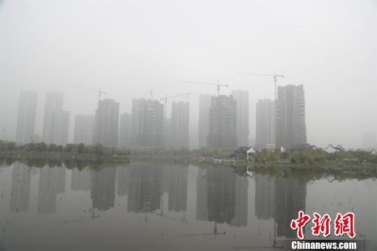 湖北发布大雾橙色预警