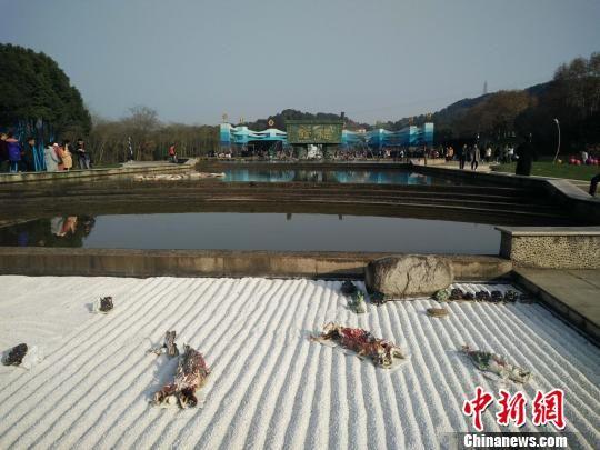 北京赛车投注平台:武汉东湖国际生态雕塑双年展开幕_中外大师作品云集