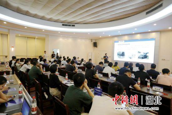 武汉洪山区科技成果转化壹零叁专场签约逾6000万元