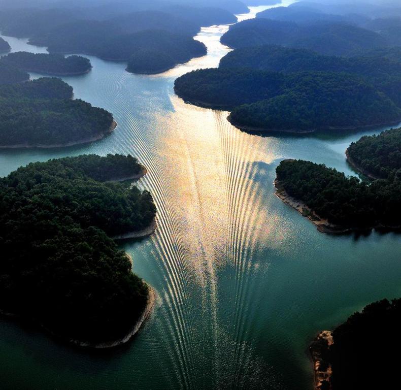 东方绿洲好玩吗 独立旅游团和四川自驾游